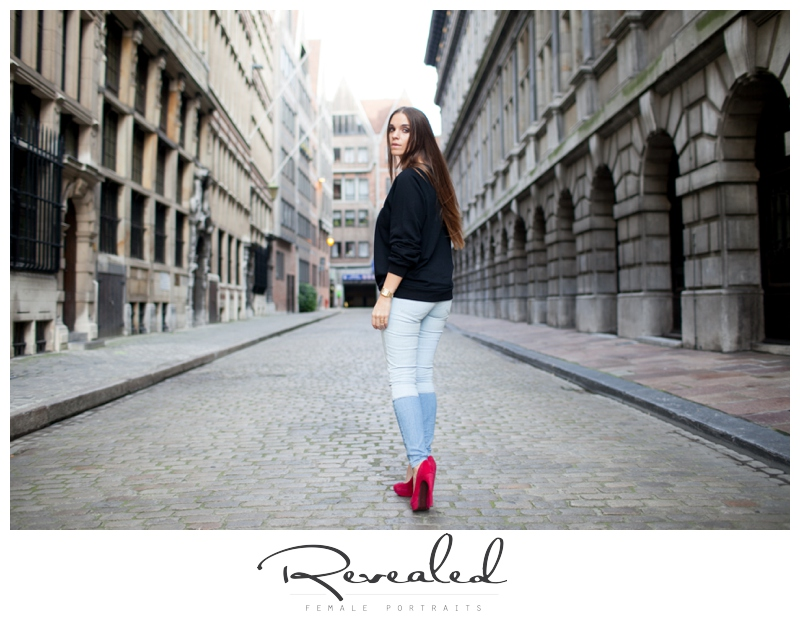 fashion blogger photoshoot in antwerp by revealed photography